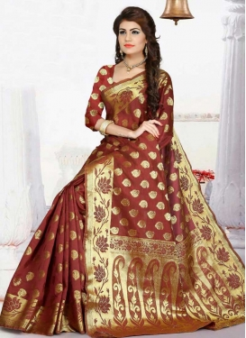 Thread Work Trendy Saree For Casual