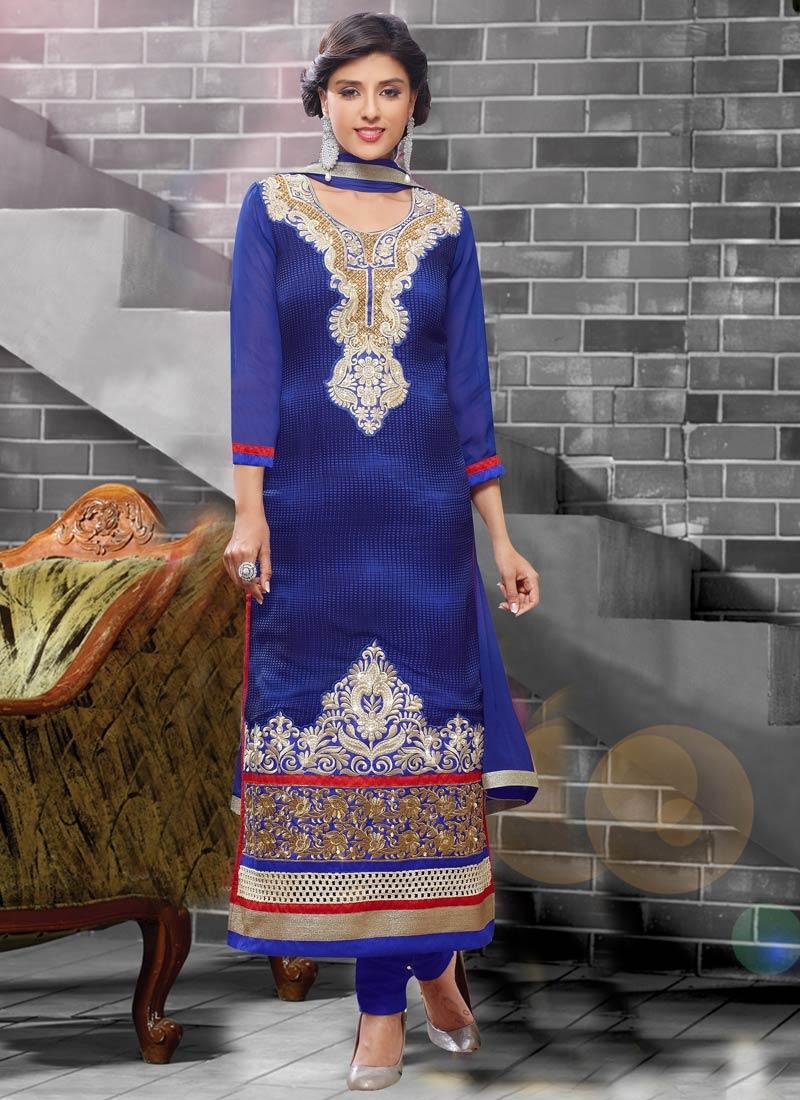 Admirable Beads And Lace Work Pakistani Salwar Kameez