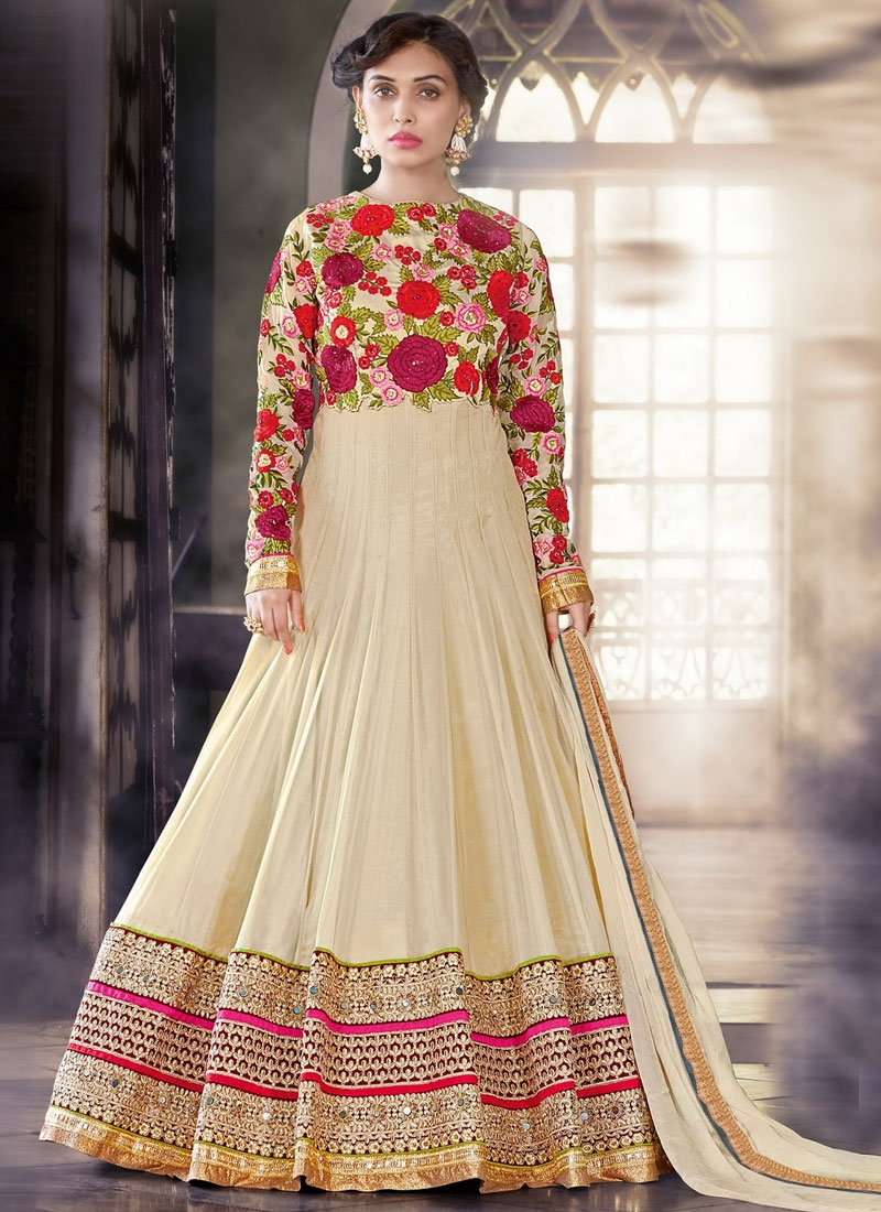 Admirable Floral And Stone Work Floor Length Wedding Salwar Suit