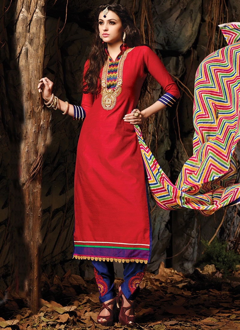 Admirable Resham Work Casual Salwar Kameez