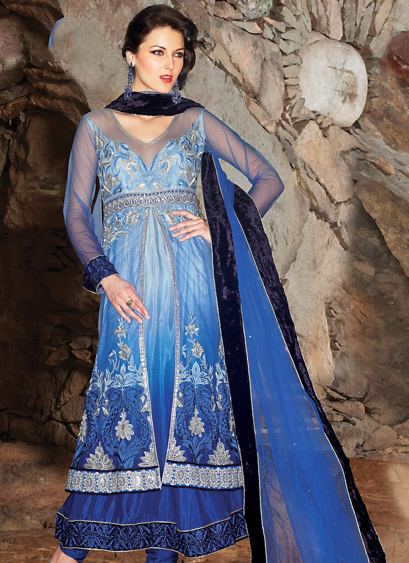 Aesthetic Blue Shaded Salwar Kameez