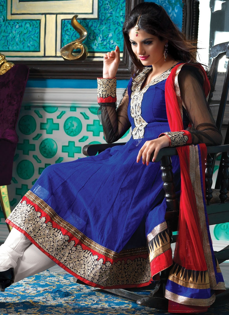 Aesthetic Navy Blue And Red Silk Salwar Kameez