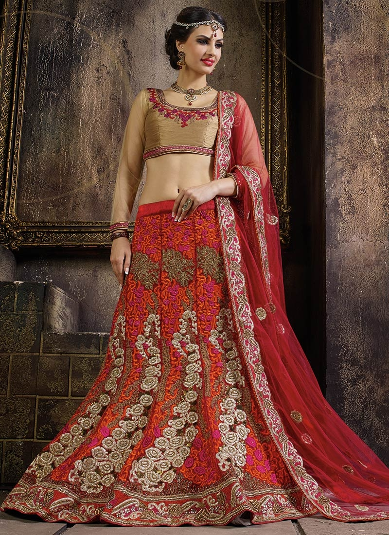 Aesthetic Zari And Stone Work Bridal Lehenga Choli