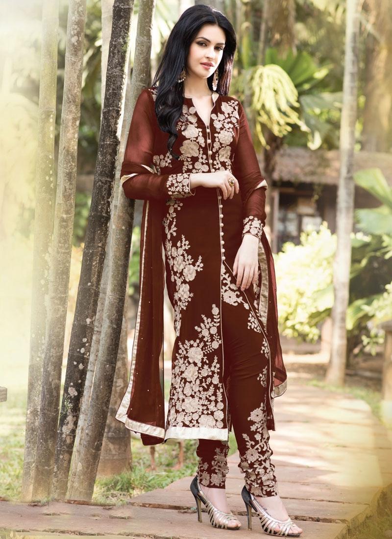 Alluring Floral And Lace Work Designer Salwar Kameez