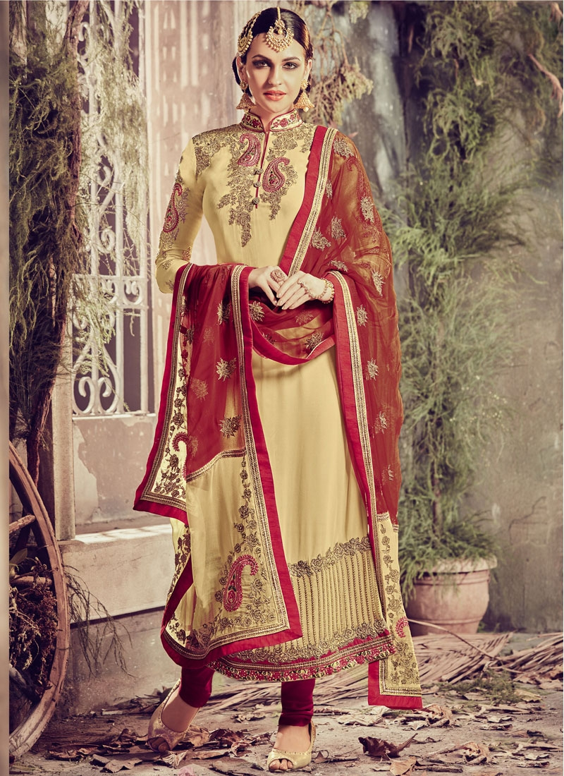 Amazing Embroidery Work Pakistani Salwar Suit