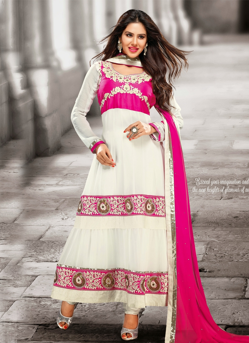 Angelic Off White Color Chiffon Designer Salwar Suit