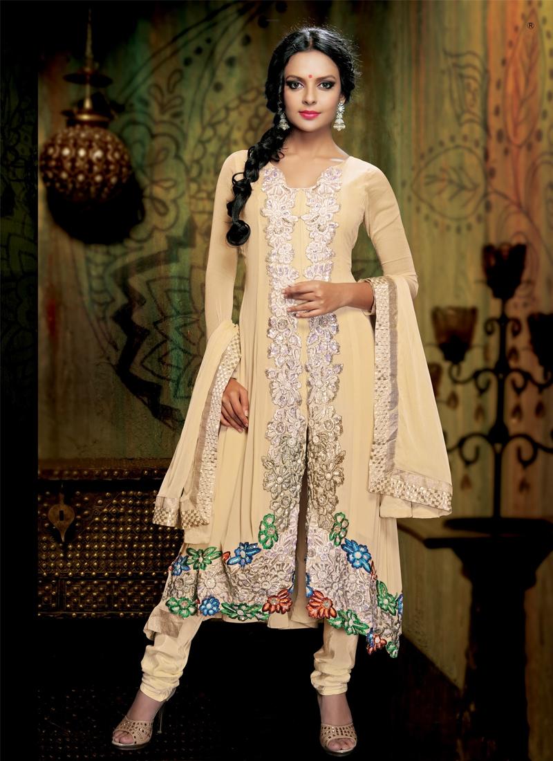 Appealing Floral Work Designer Salwar Kameez