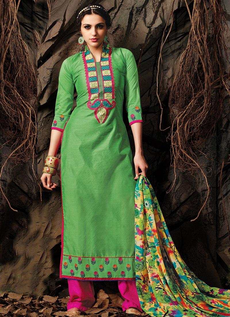 Aristocratic Lace Work Long Length Casual Salwar Kameez