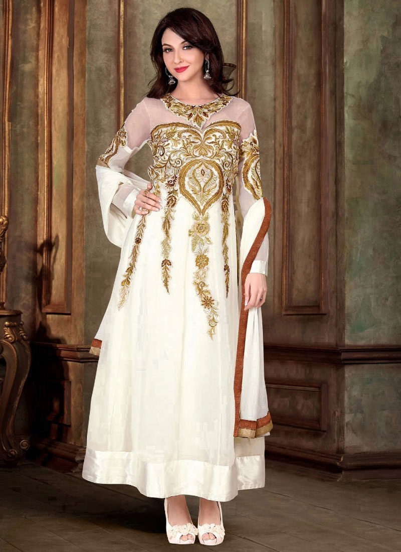 Arresting White Color Party Wear Salwar Kameez