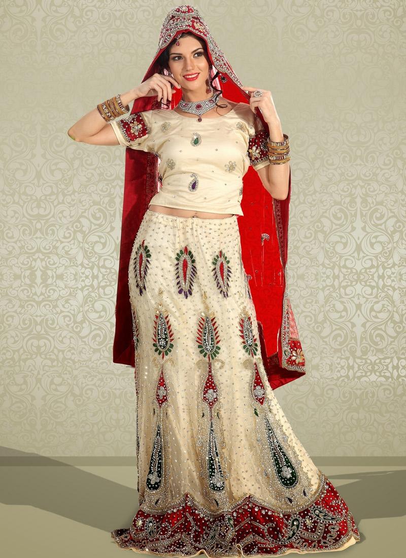 Auspicious Stone Enhanced Bridal Lehenga Choli