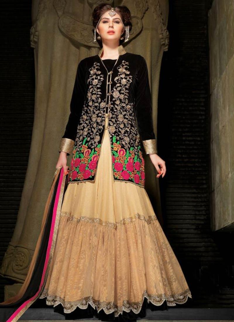 Beauteous Floral Work Velvet Designer Lehenga Choli