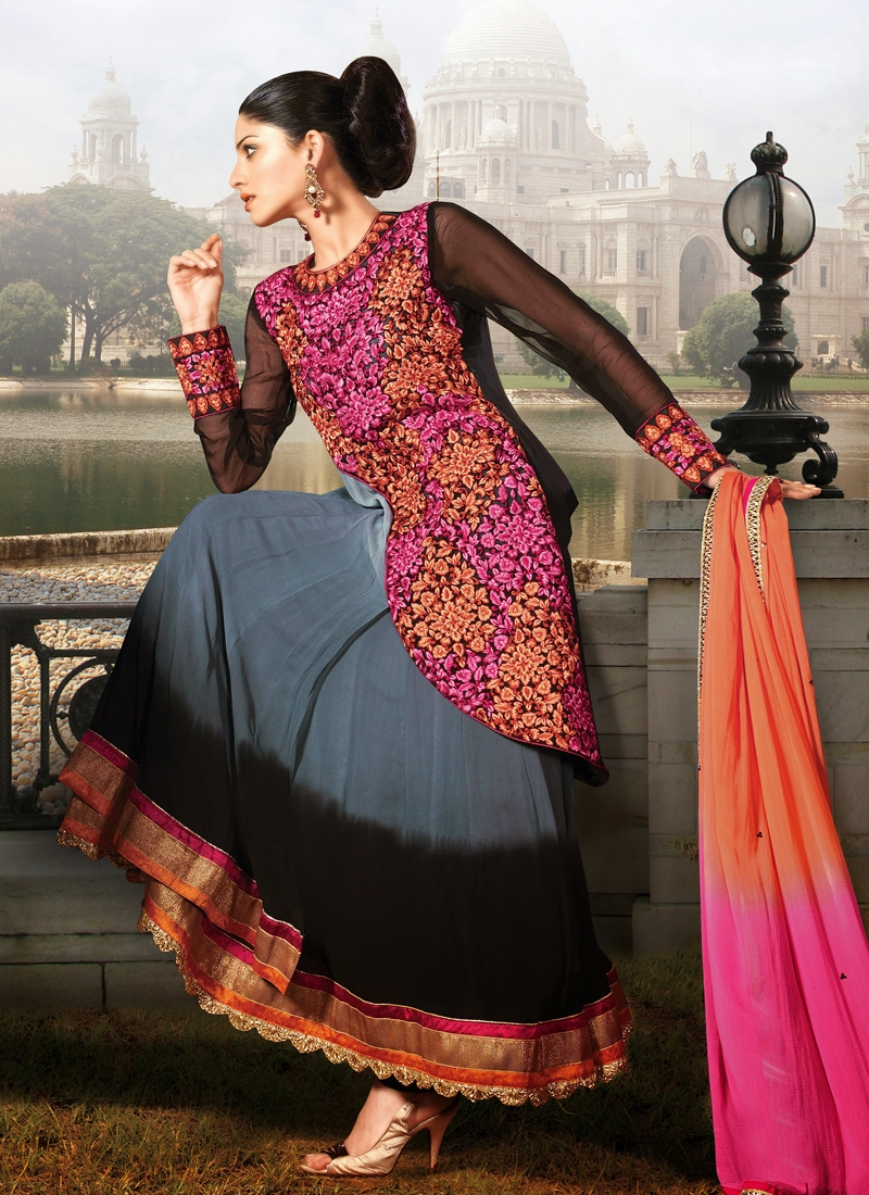 Beautiful Lace And Patch Work Designer Suit