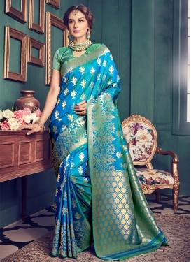 Bedazzling Jacquard Silk Classic Saree