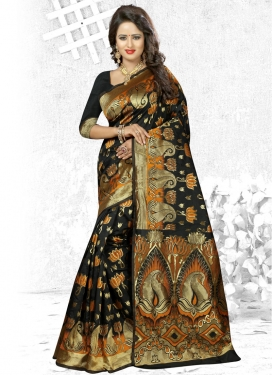 Beguiling Contemporary Saree For Ceremonial