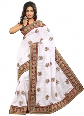 Beguiling Jacquard Silk Booti Work Party Wear Saree