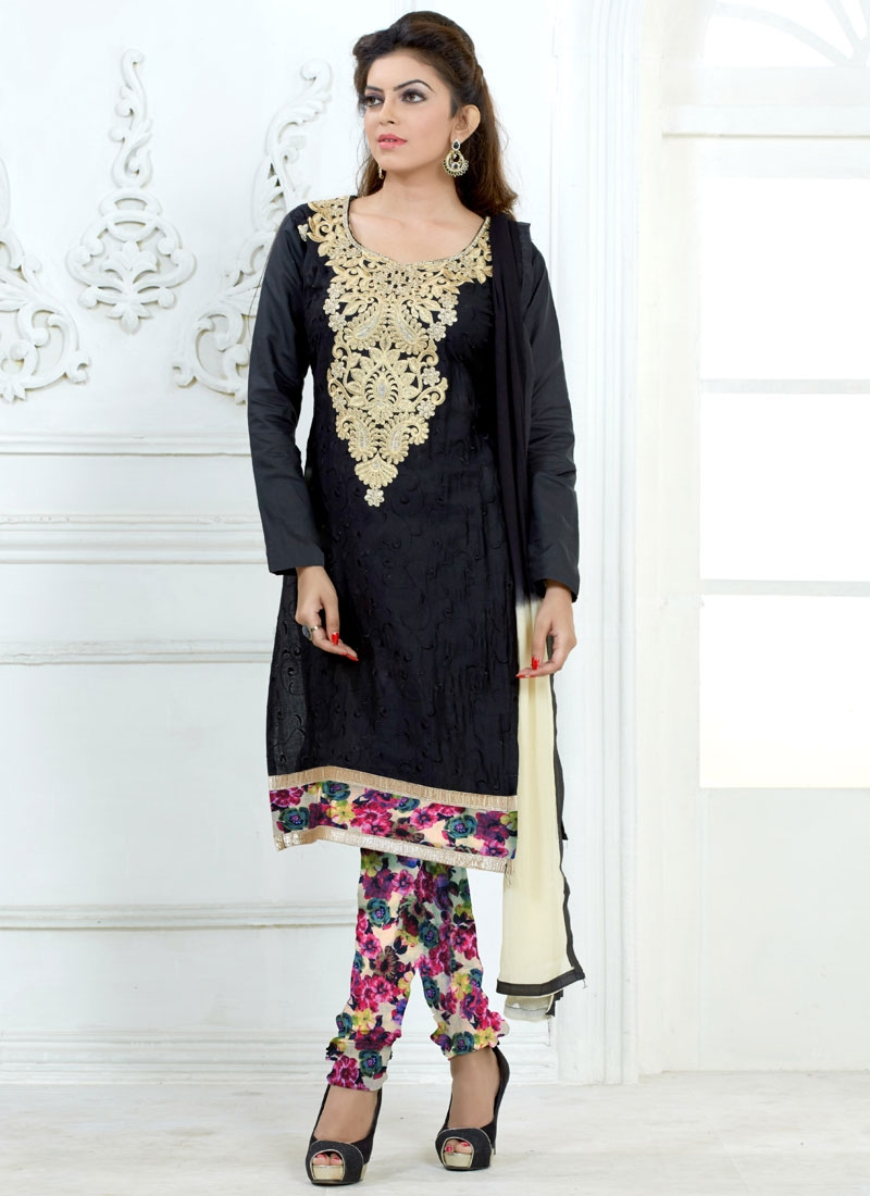 Beguiling Karachi Work Casual Salwar Suit