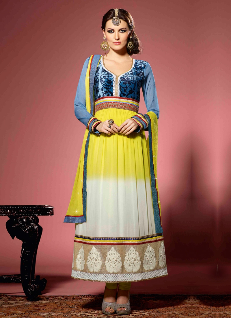 Bewitching Faux Georgette Party Wear Salwar Suit