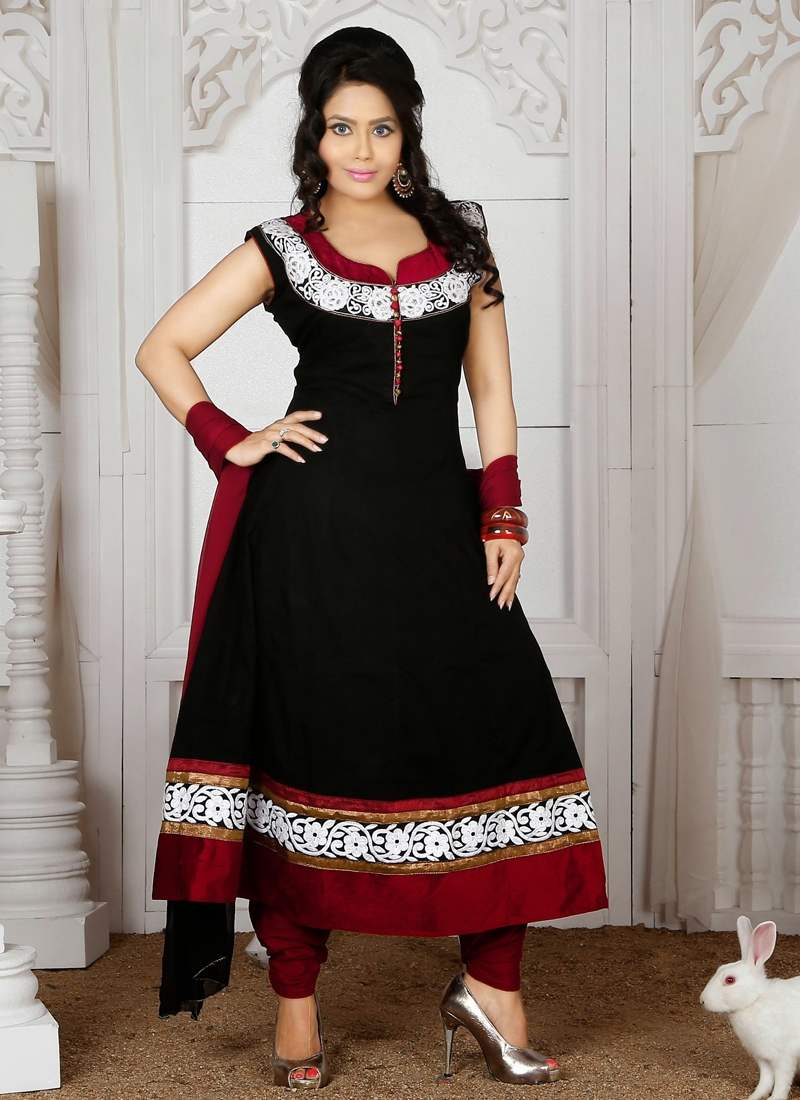 Black And Maroon Color Readymade Curidar Suit