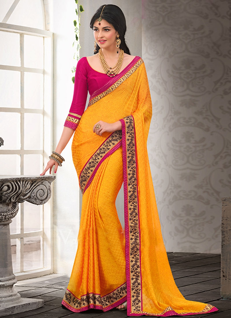Blissful Resham And lace Enhanced Casual Saree
