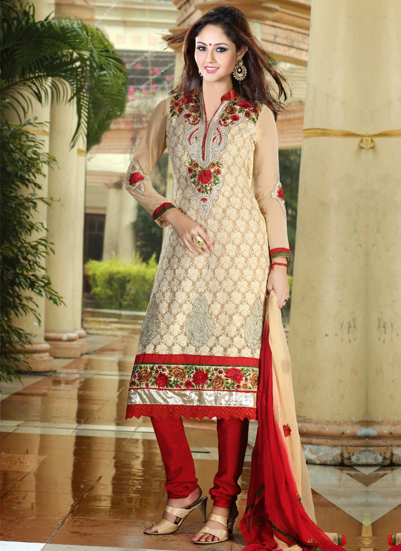 Booti And Multi Enhanced Party Wear Salwar Kameez