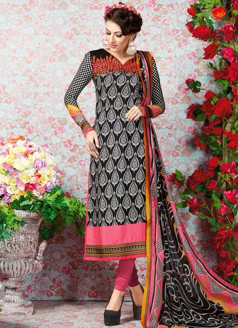 Catchy Resham And Digital Print Work Casual Salwar Kameez