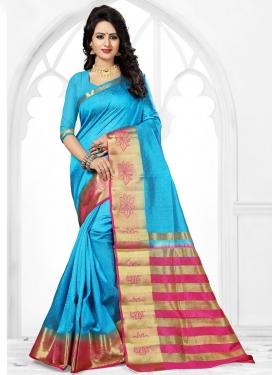Catchy Thread Work Trendy Classic Saree