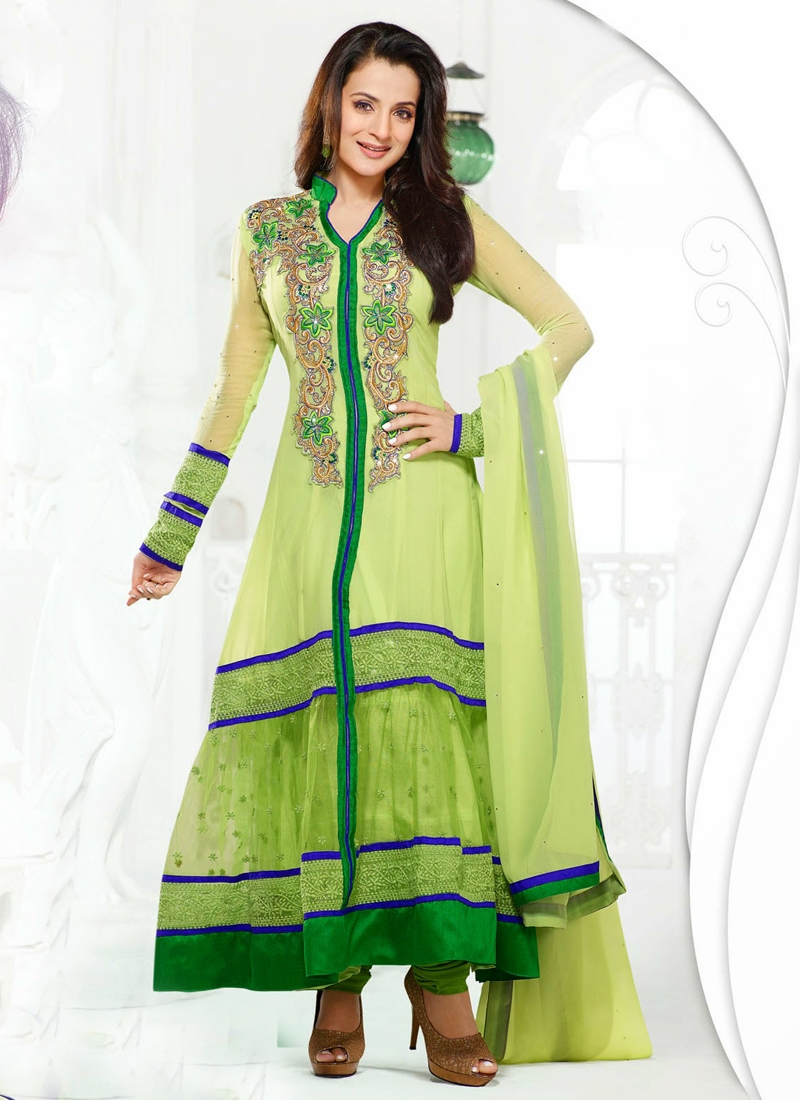 Charming Amisha Patel Bollywood Salwar Kameez