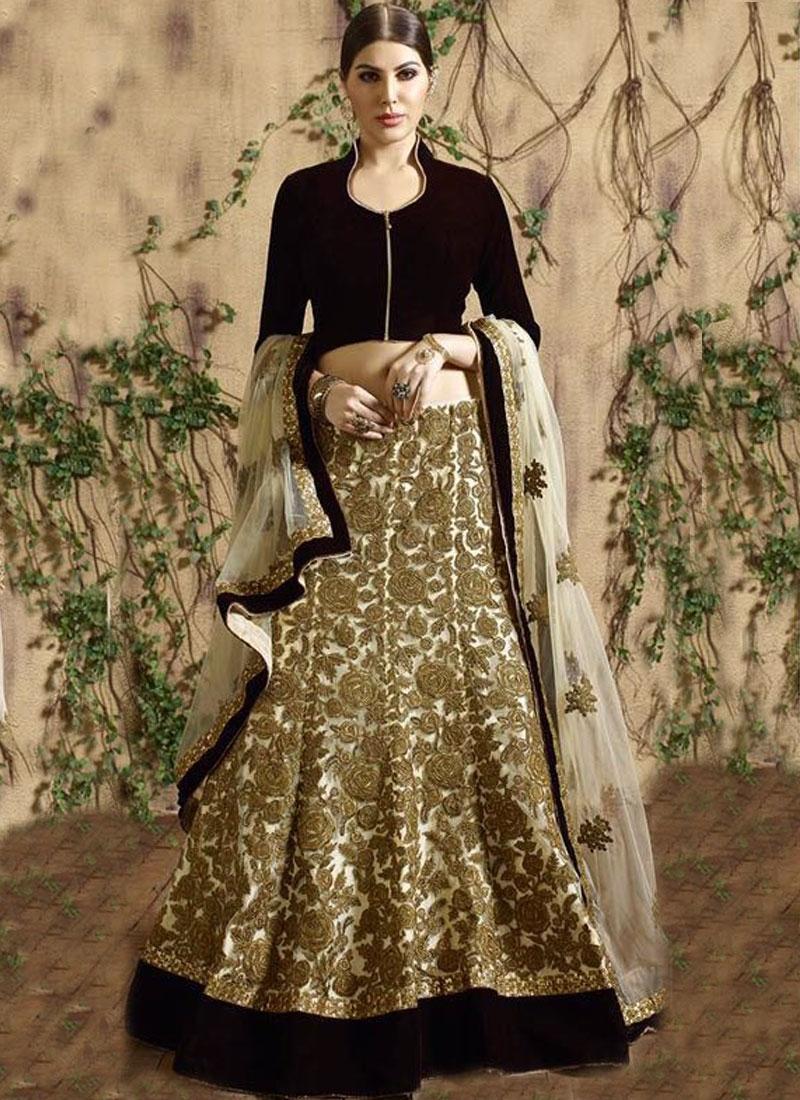 Classical Velvet Patch Work Bridal Lehenga Choli