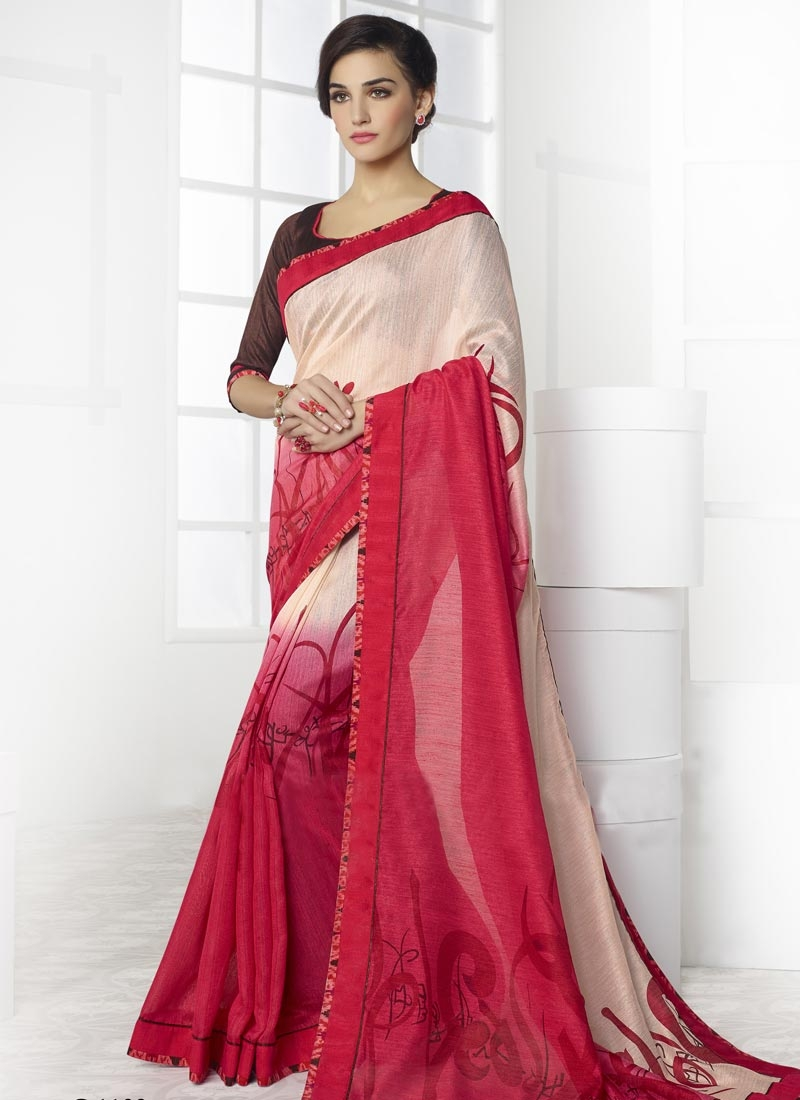 Compelling Digital Print And Lace Work Casual Saree