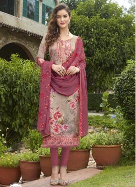 Crepe Silk Trendy Pakistani Salwar Kameez