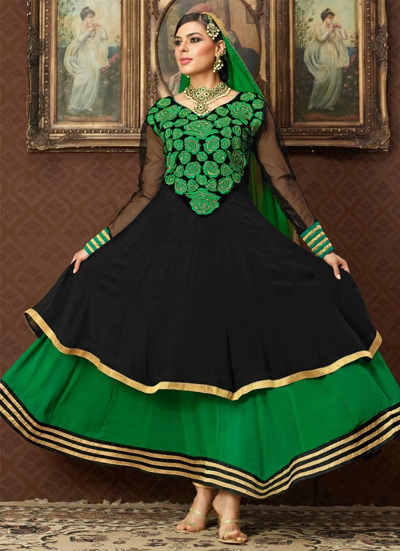 Dazzling Green And Black Designer Salwar Kameez