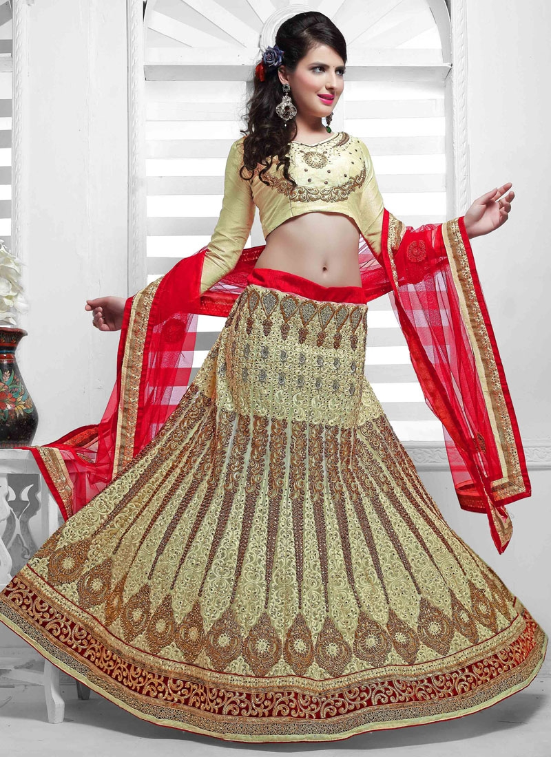 Delectable Embroidery And Resham Work Bridal Lehenga Choli