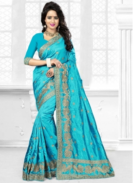 Delightful  Contemporary Style Saree