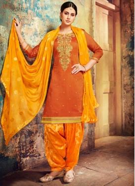 Designer Patiala Salwar Kameez For Festival