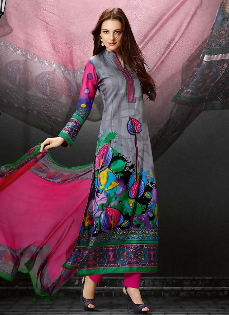 b43e55115e Desirable Digital Print Work Pakistani Suit