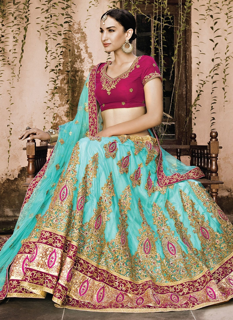 Dilettante Booti And Patch Border Work Bridal Lehenga Choli