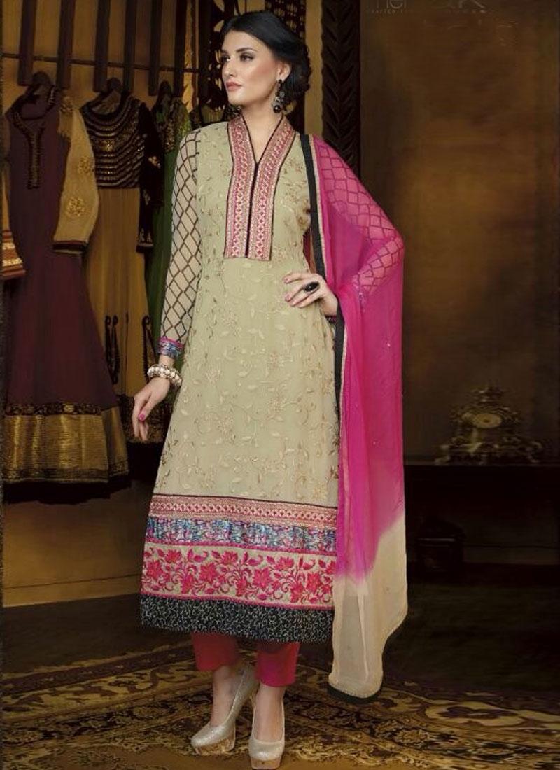 Distinctive Lace And Resham Work Party Wear Salwar Kameez