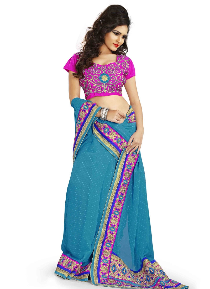 Distinctive Faux Chiffon Designer Saree