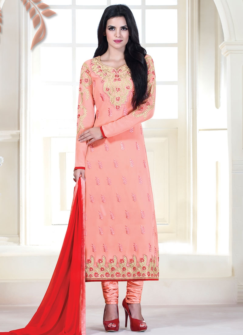 Distinctively Salmon Color Pakistani Salwar Kameez