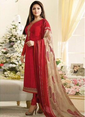 Drashti Dhami Crepe Silk Embroidered Work Pakistani Salwar Suit
