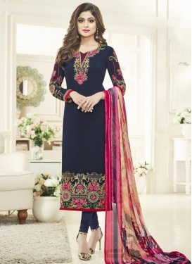 Embroidered Work Trendy Pakistani Salwar Kameez