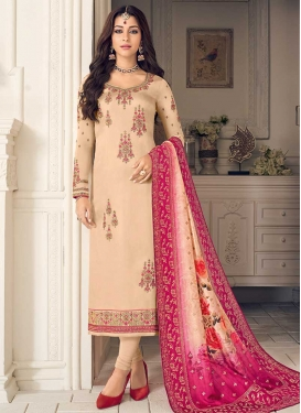 Embroidered Work Trendy Pakistani Suit