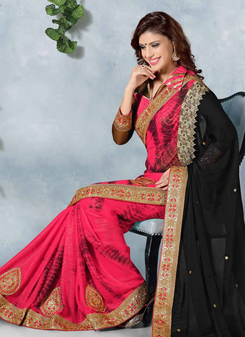 Enchanting Booti Work Designer Saree