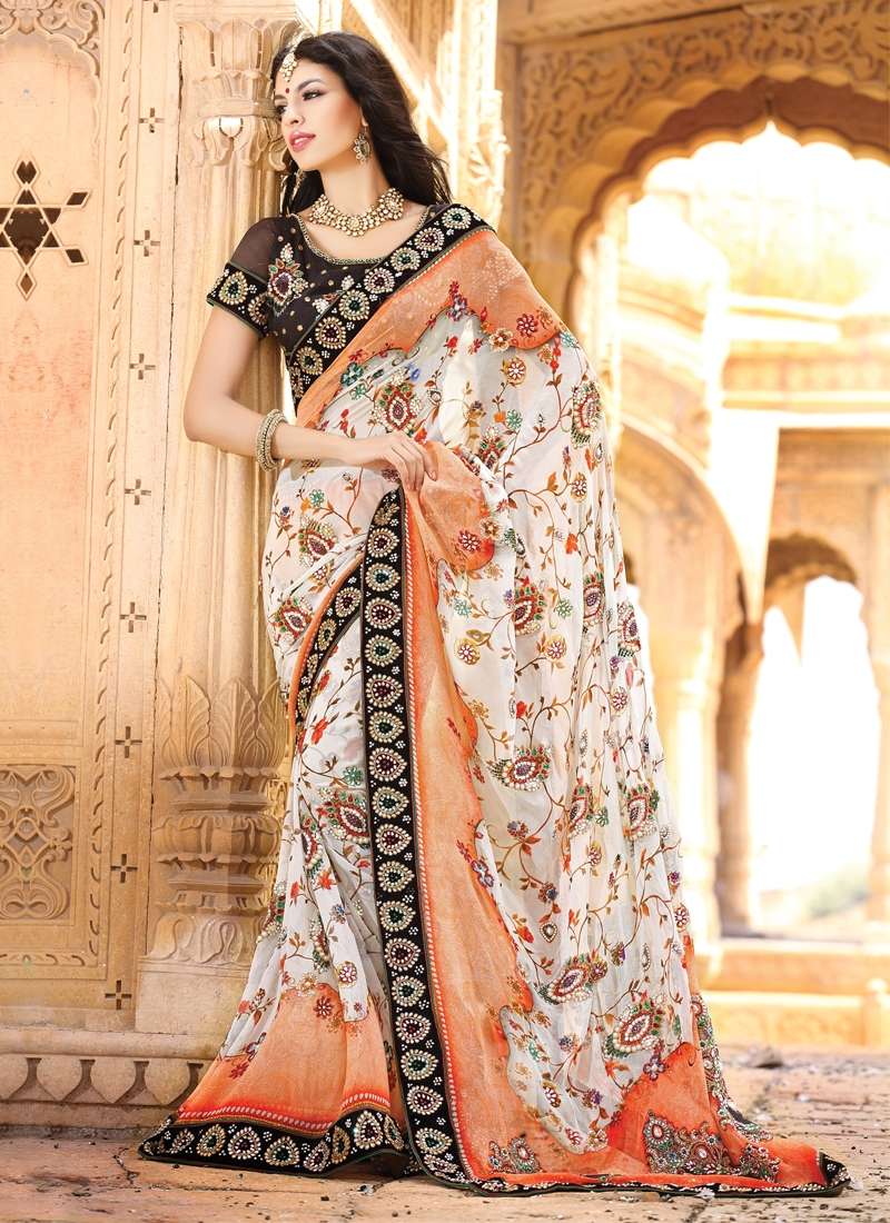 Enthralling Floral Enhanced Party Wear Saree