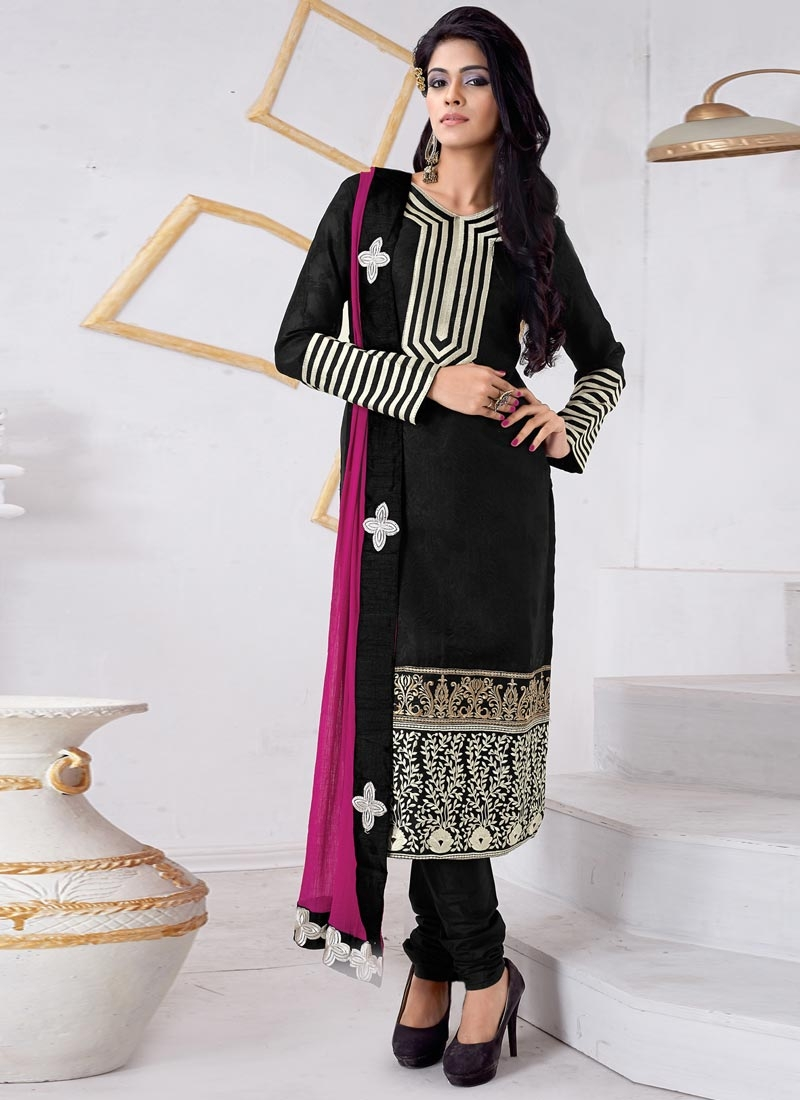 Enticing Black  Color Resham Work Casual Salwar Suit