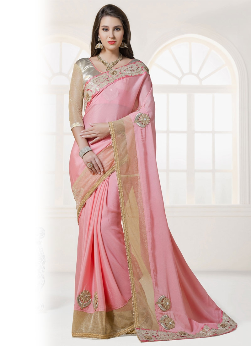Entrancing Booti And Lace Work Party Wear Saree