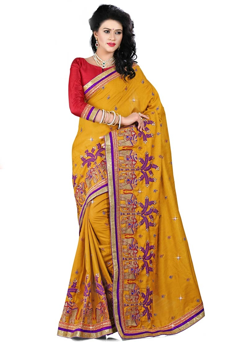 Entrancing Embroidery And Stone Work Designer Saree