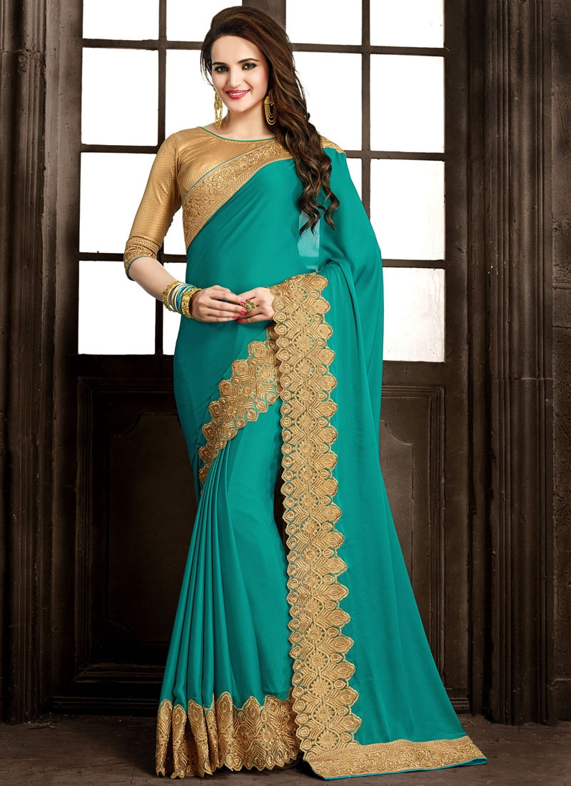 Entrancing Patch Border Work Designer Saree