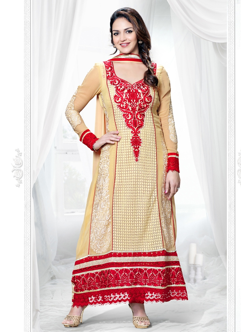 Esha Deol Georgette And Senton Pakistani Suit