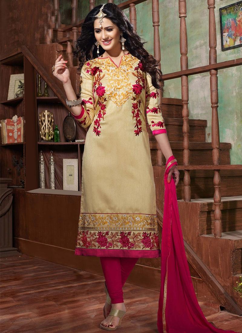 Especial Embroidery Work Churidar Salwar Suit